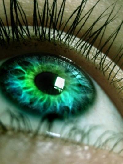 Green_eyes1